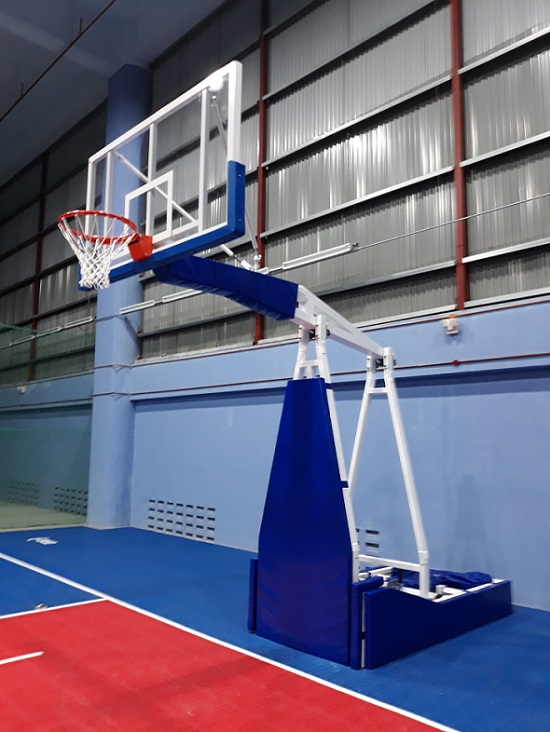 Competition Basketball Post